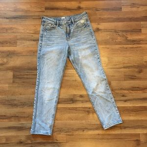 Old Navy High-Rise Power Straight Jeans Acid Wash